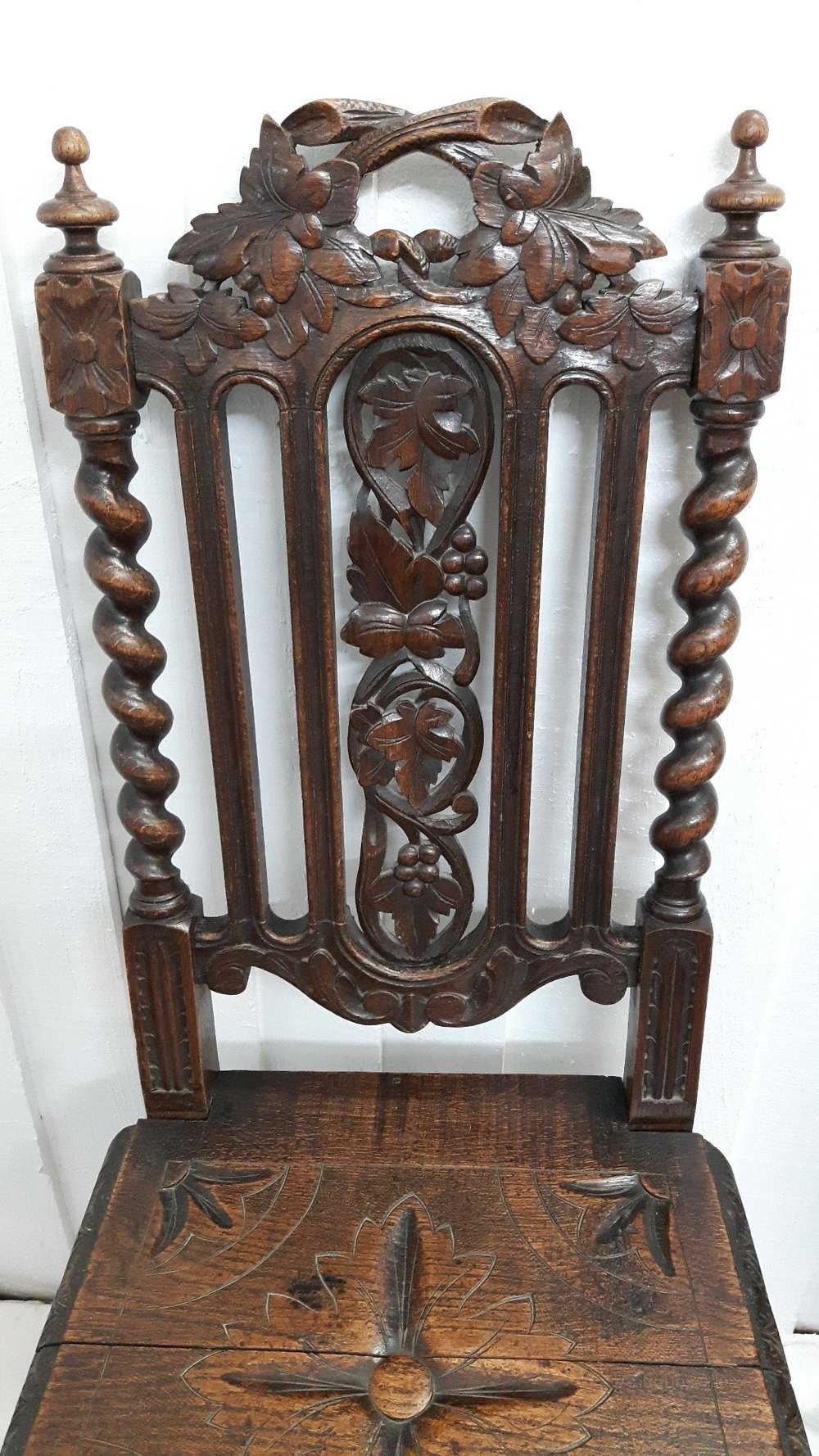 Victorian Oak Carved Hall Chair Antiques Atlas