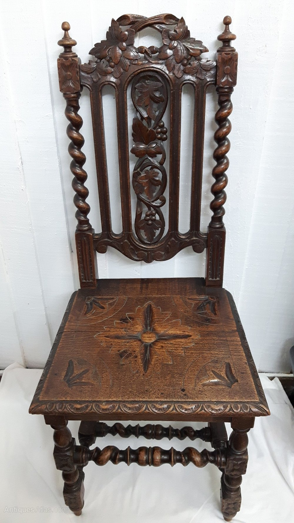 Victorian Oak Carved Hall Chair - Antiques Atlas