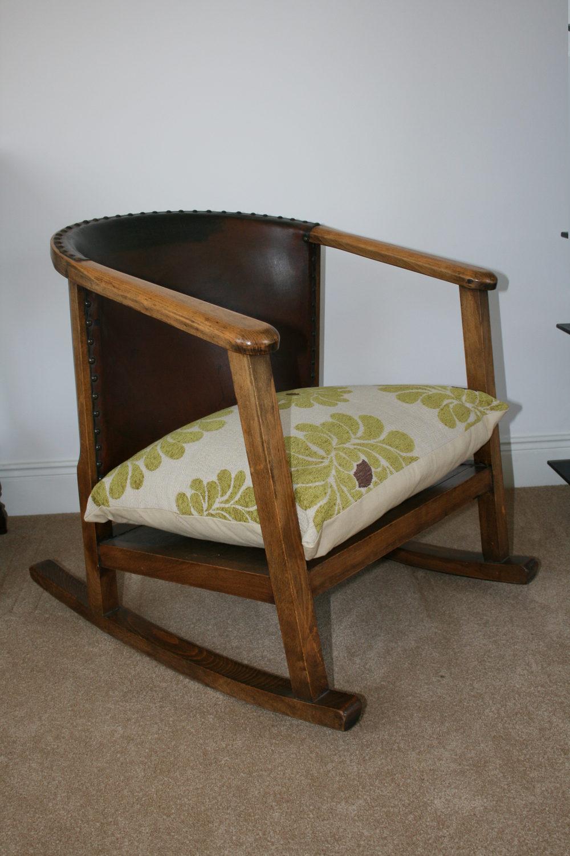 Antique Arts & Crafts Rocking/Nursing Chair ... - Antique Arts & Crafts Rocking/Nursing Chair - Antiques Atlas