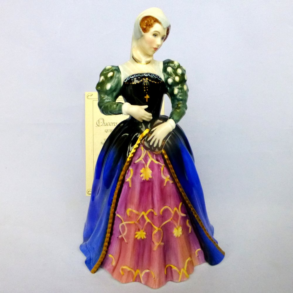 Royal Doulton Figurine -Mary Queen Of Scots HN3142