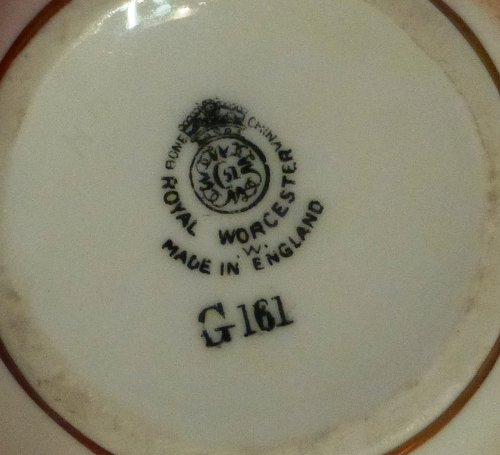 Antiques Atlas - Royal Worcester Fruit Pattern Vase Signed Roberts