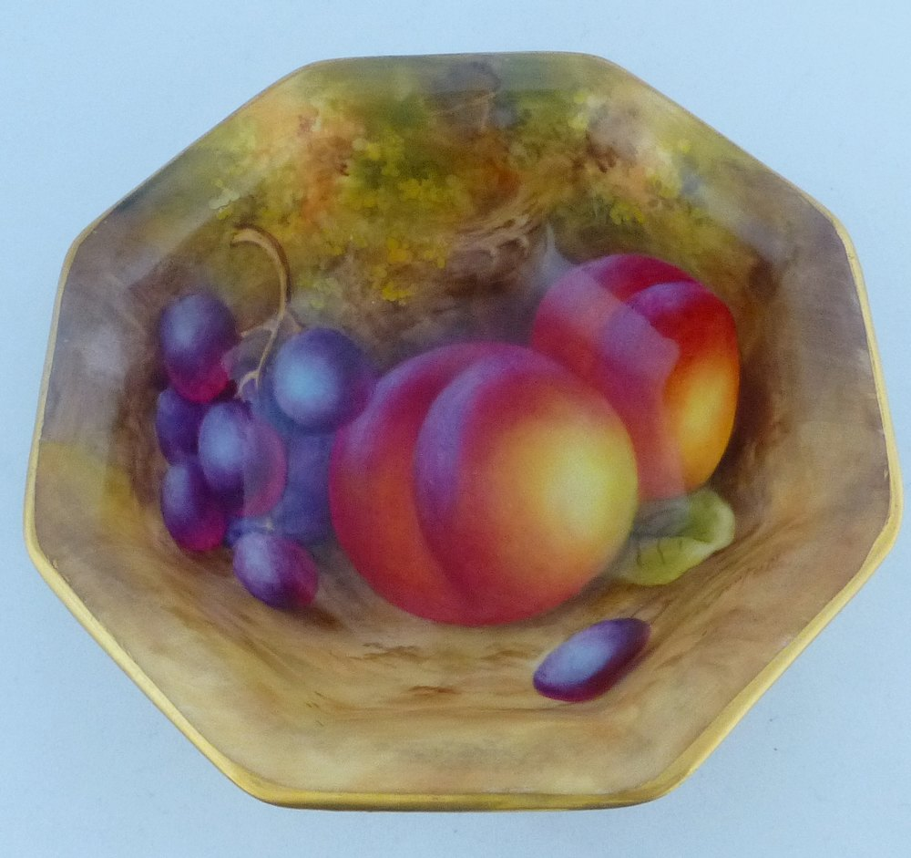 Antiques Atlas - Royal Worcester Fruit Pattern Dish Signed H Ayrton