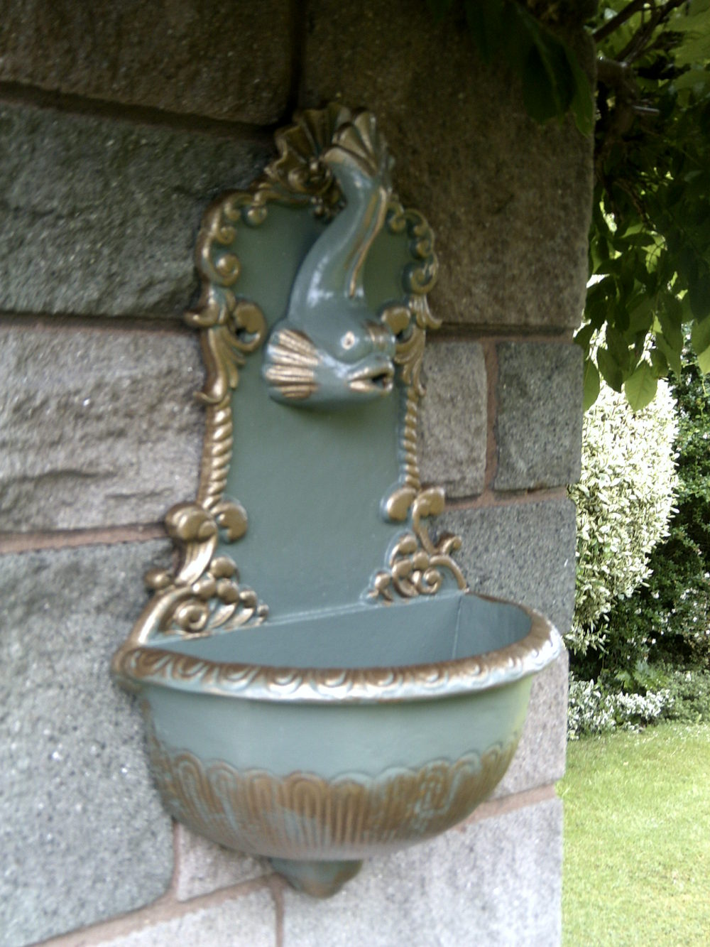 Victorian Wall Drinking Fountain ...