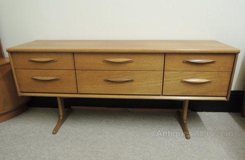 promo code 20220 3fff8 Antiques Atlas - Austinsuite Retro Sideboard / Dressing Table