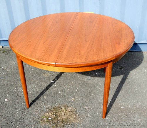G Plan Vintage Coffee Tables: G-Plan Extending Dining Table
