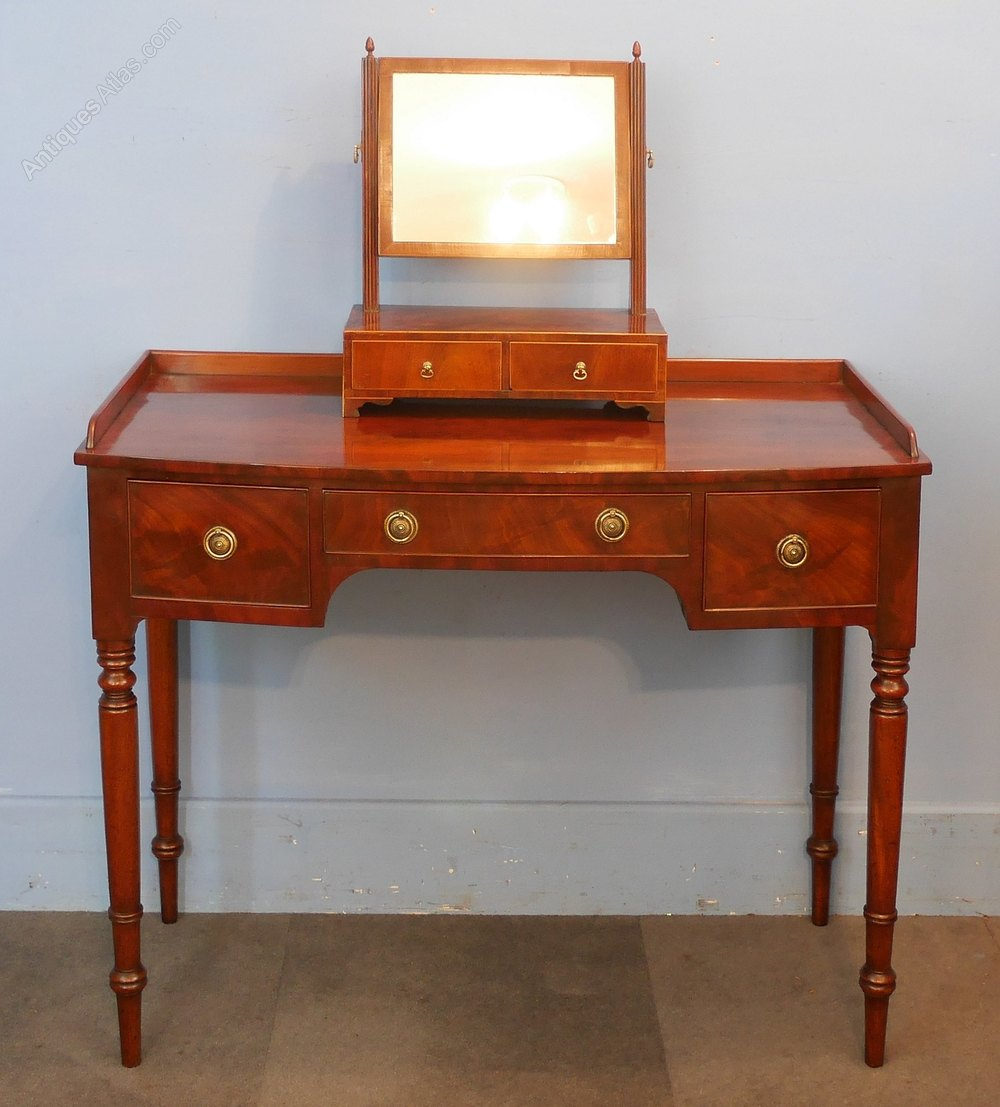 regency mahogany bow front dressing side table antiques