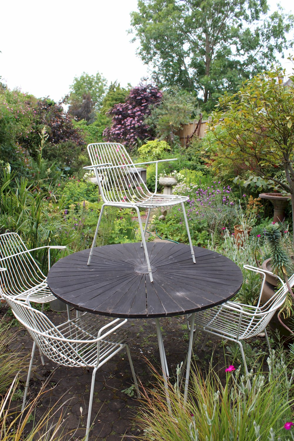 1950s Garden Set Of Table And Four Wire Chairs ...