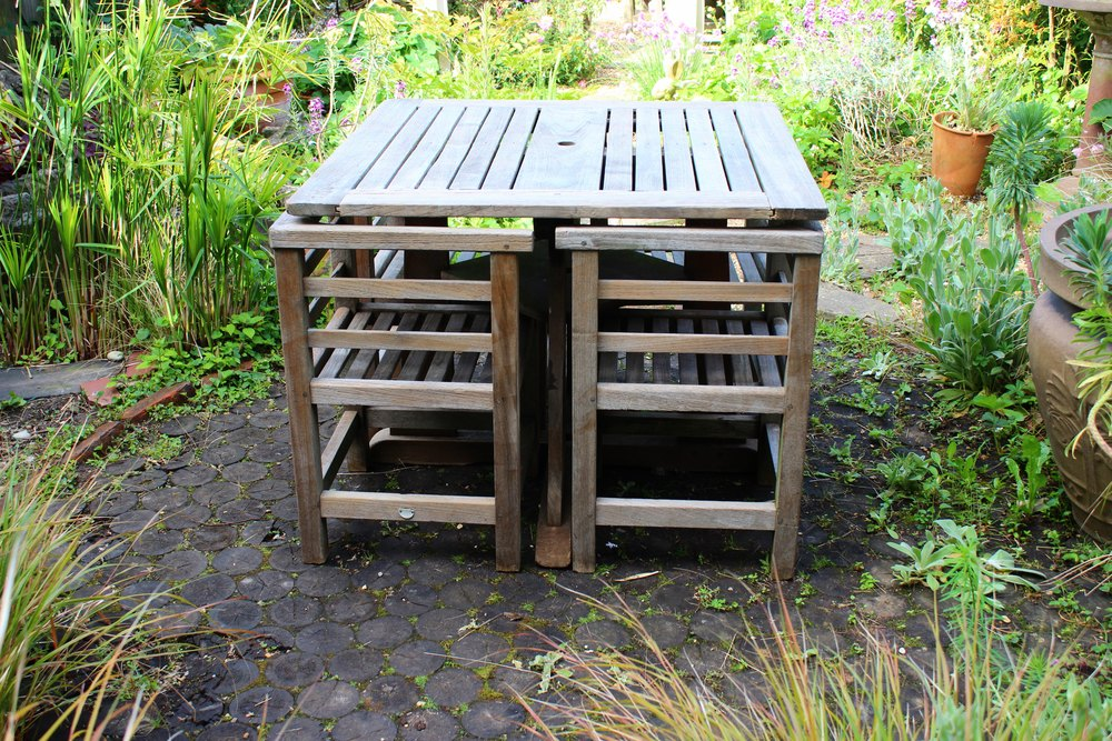 A 1950`s Teak Garden Set By Listers Of Dursley ...