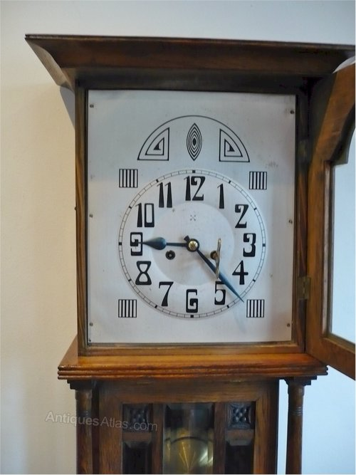 Antiques atlas arts and crafts wall clock in oak for Small clocks for crafts