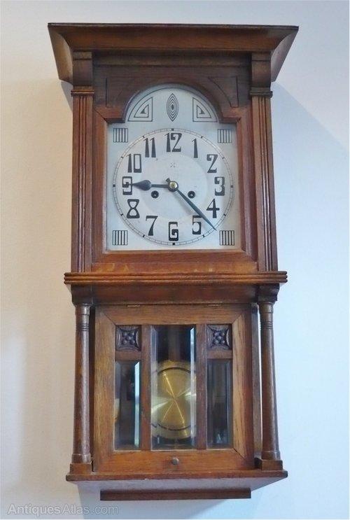 Antiques Atlas - Arts And Crafts Wall Clock In Oak