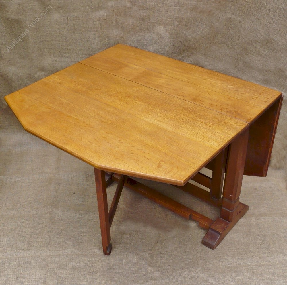 Heal & Son Drop Leaf Dining Table In Oak