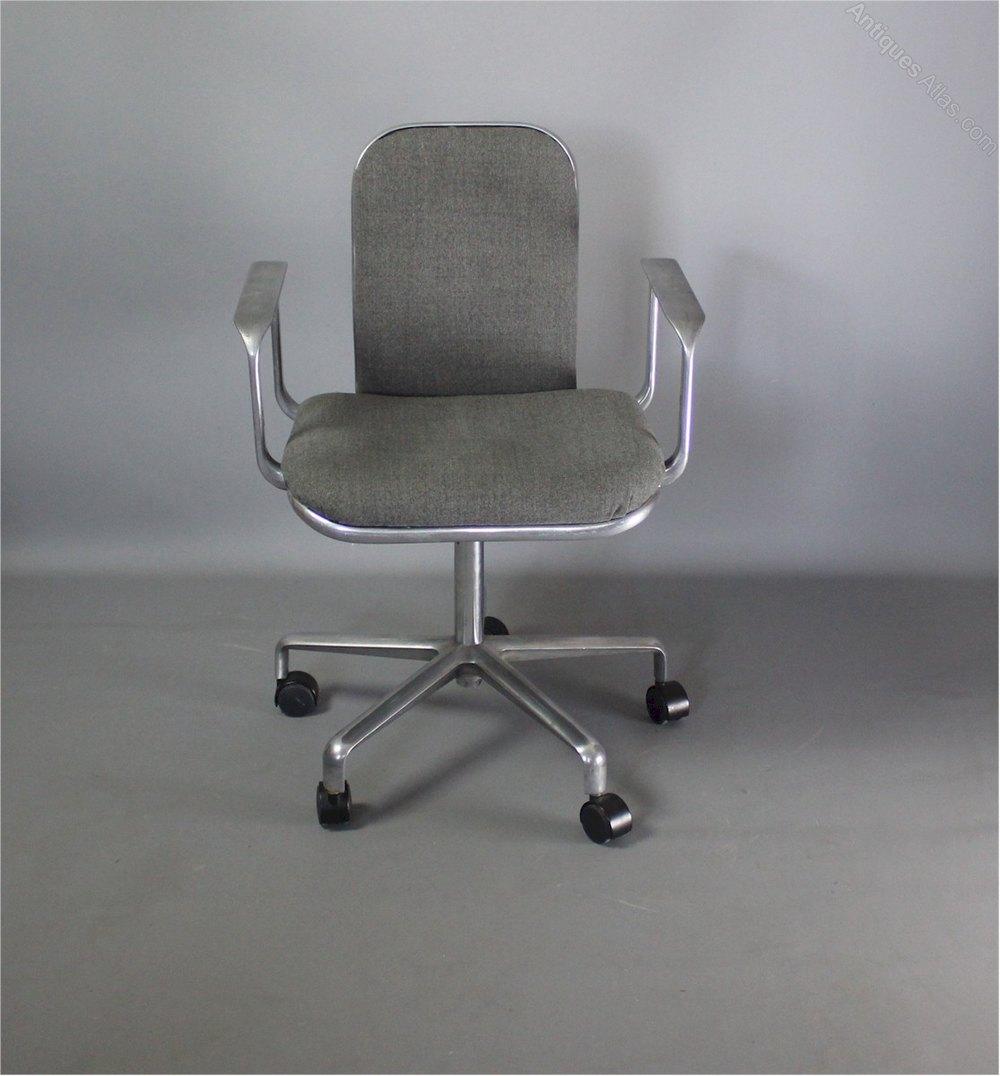 Frederick Task Chair