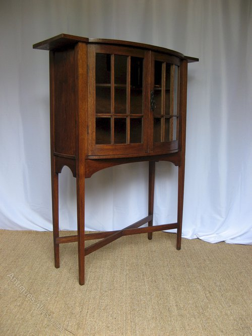 Scottish Arts And Crafts Oak Display Cabinet