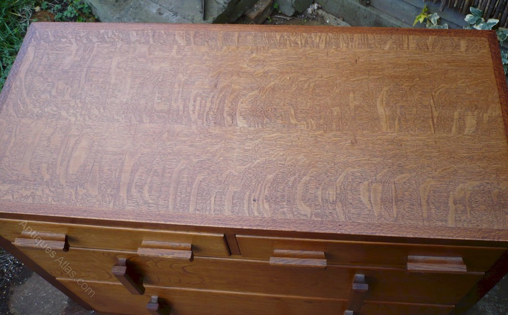 Chest in quarter sawn and Australian silky oak All Other Chest of Drawers  arts and crafts antique bedroom furniture ... - Chest In Quarter Sawn And Australian Silky Oak - Antiques Atlas