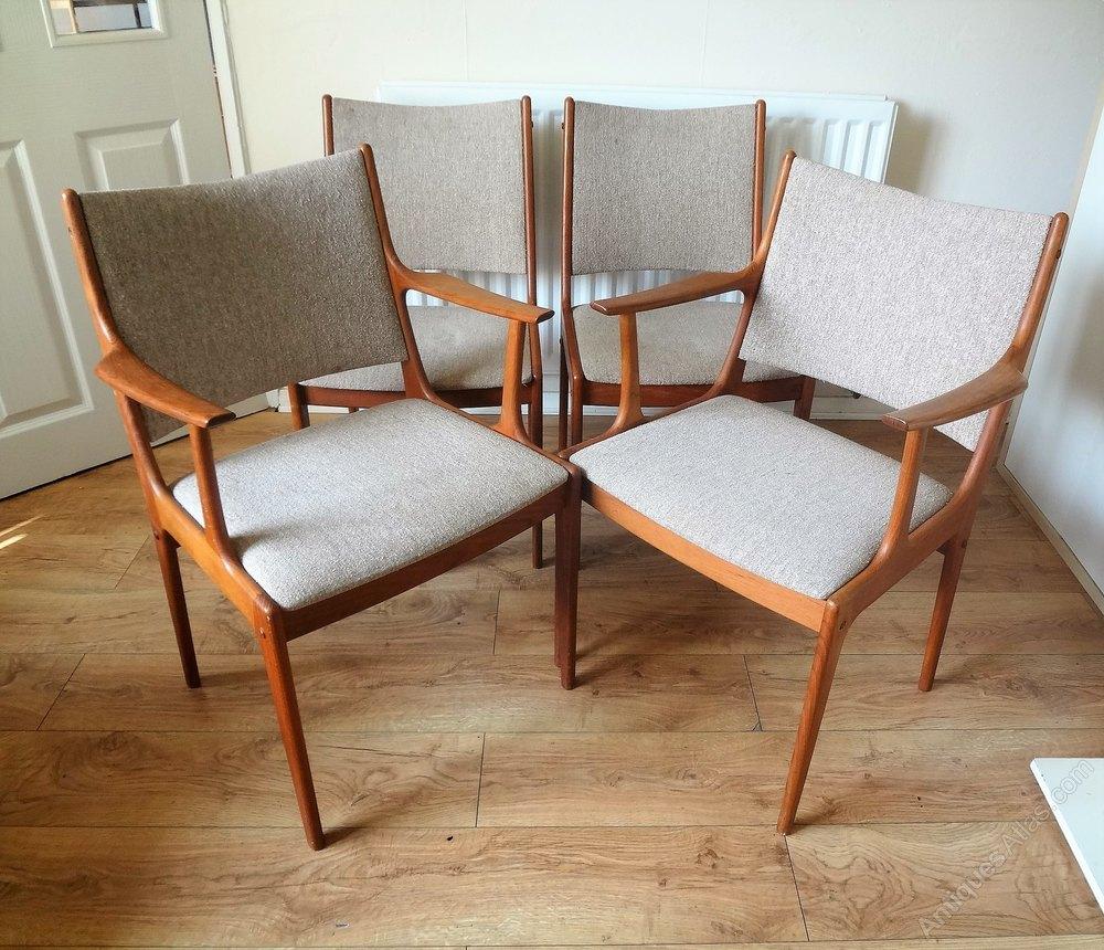 Danish Mid Century Dining Chairs Johannes Andersen