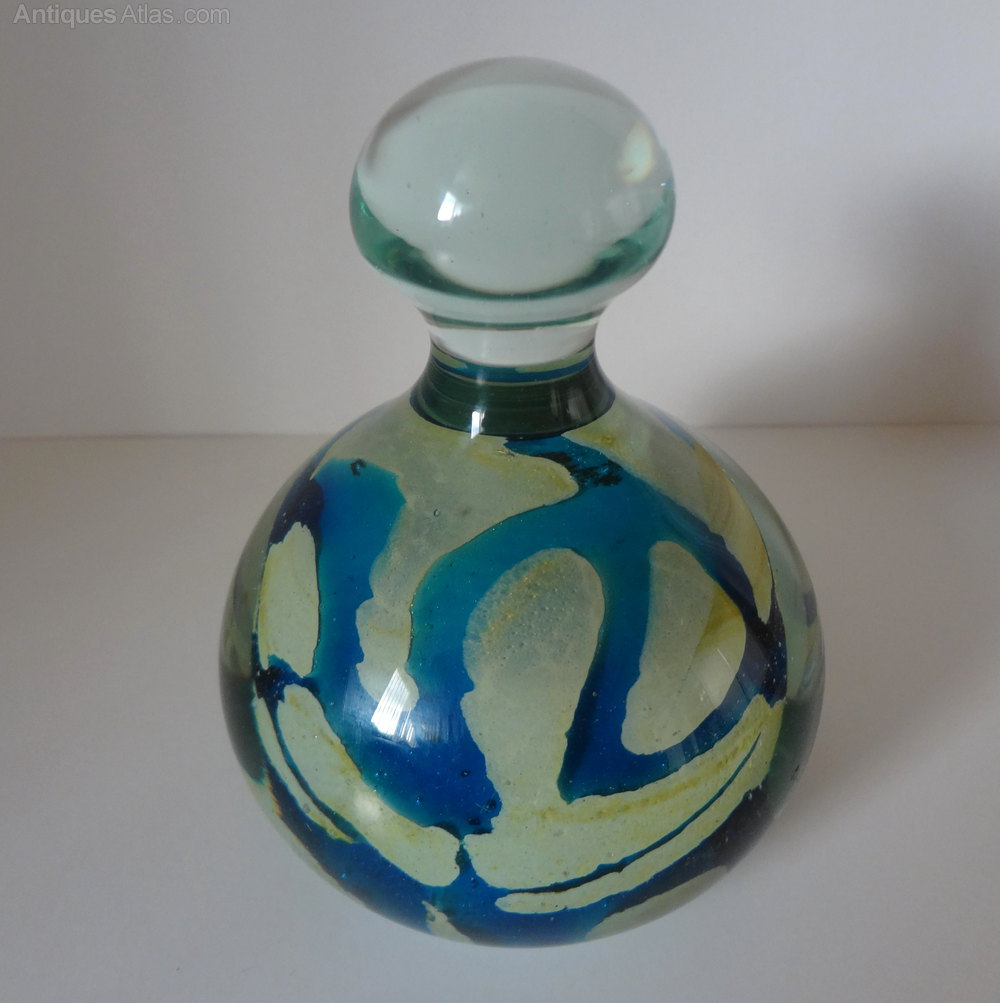 dating mdina glass