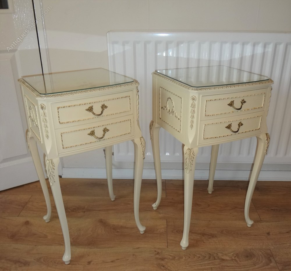 Antiques Atlas - Pair French Louis Painted Bedside Cabinets