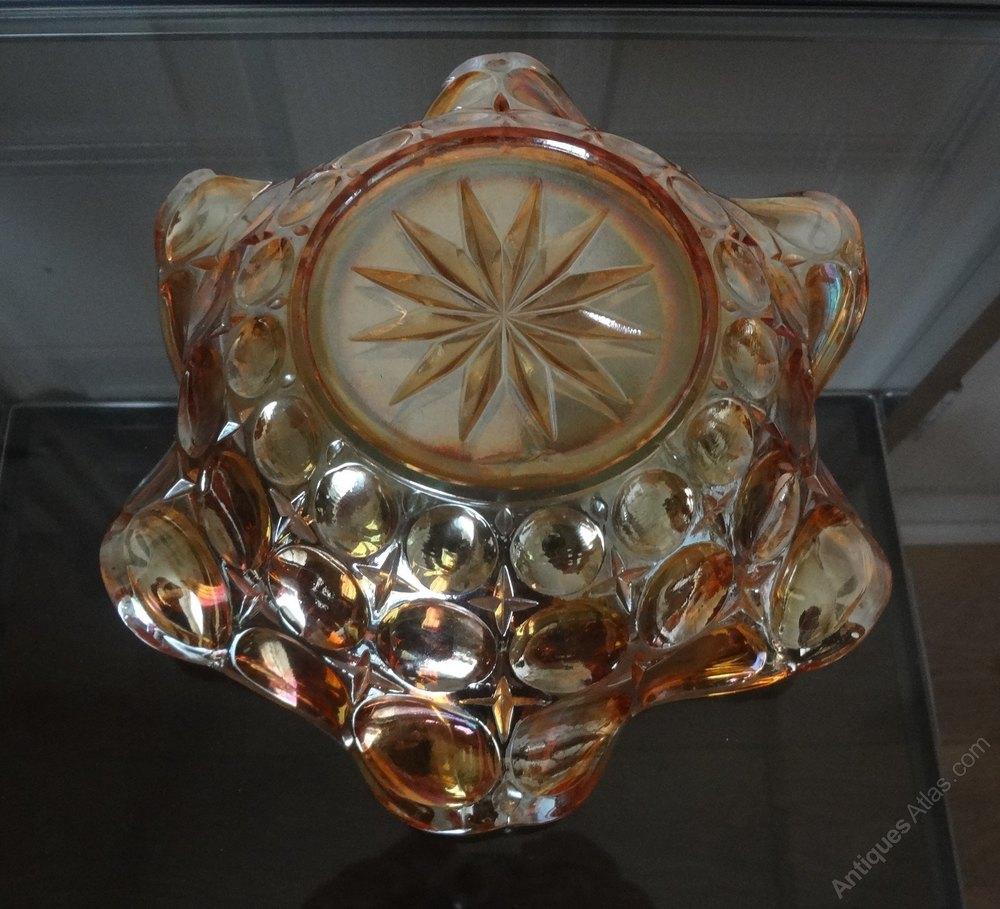 Antiques Atlas - Vintage Carnival Glass Bowl