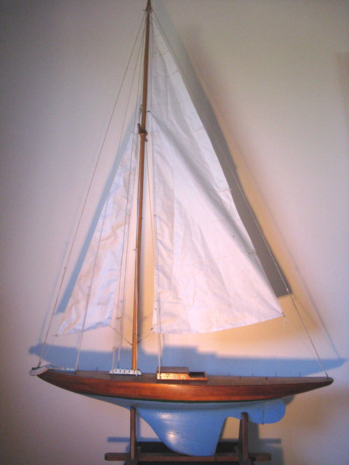 Antiques Atlas - Vintage Pond Yacht