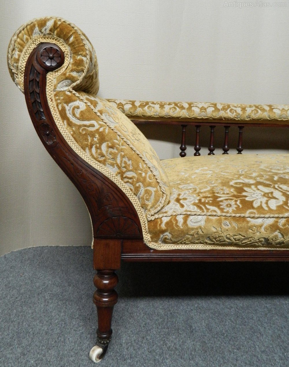 Victorian chaise longue sofa antiques atlas for Antique victorian chaise lounge