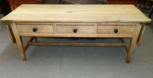 Large Scrubbed Oak Kitchen Table - Antiques Atlas