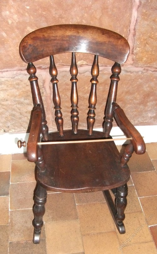 Antique Childs Windsor Rocking Chair - Antique Childs Windsor Rocking Chair - Antiques Atlas