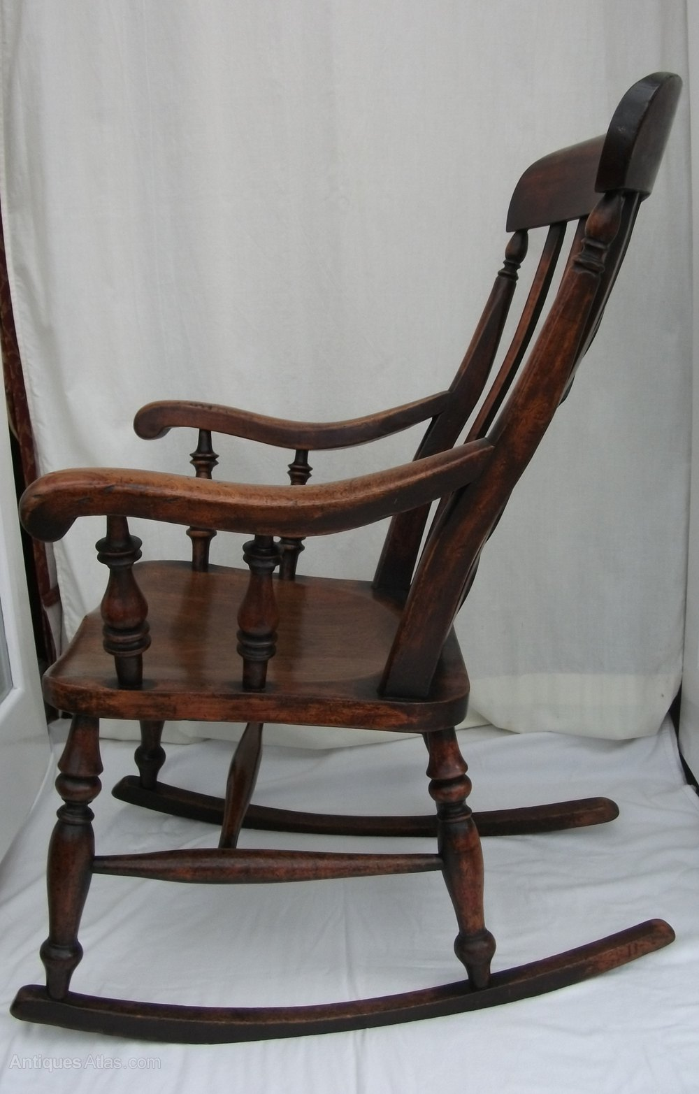 Antique Windsor Highback Rocking Chair Antique Windsor Chairs Windsor  Rocking Chair ... - Antique Windsor Highback Rocking Chair - Antiques Atlas