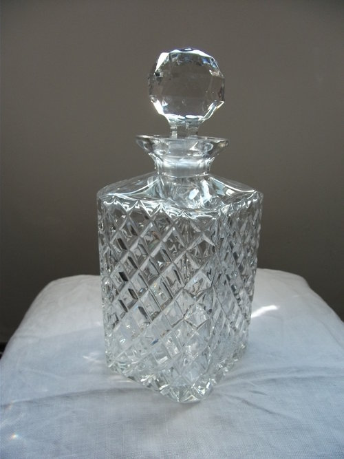 Antique & Collectable Vintage Glass Guide