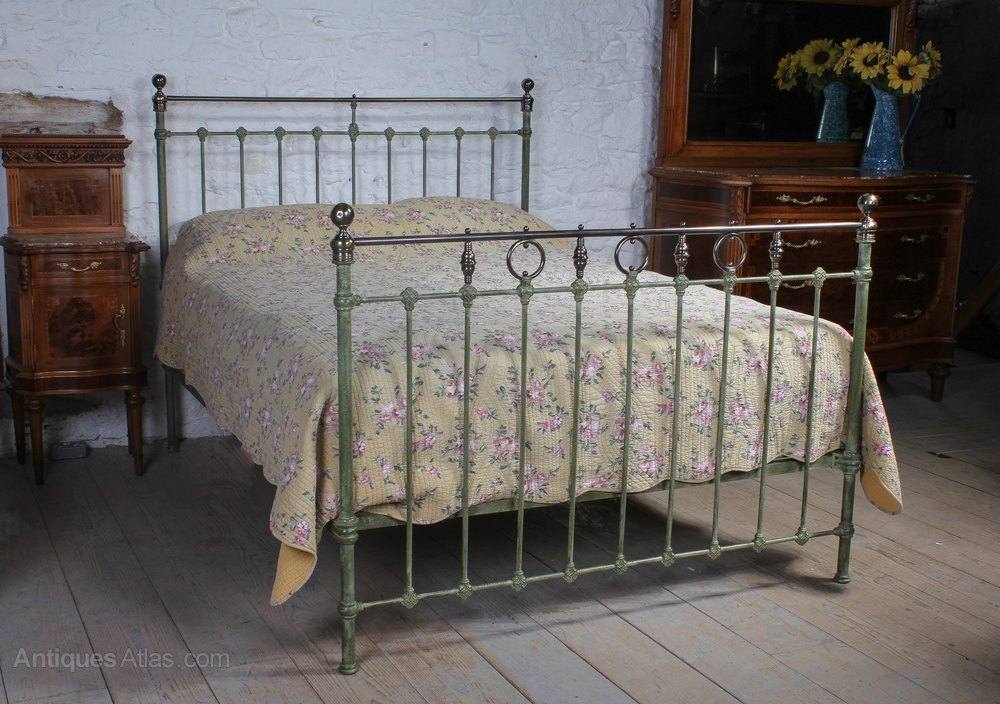 Classic Victorian Iron And Brass King Size Bed Antiques