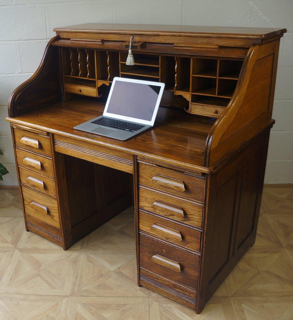 Golden Oak Serpentine Tambour Roll Top Desk