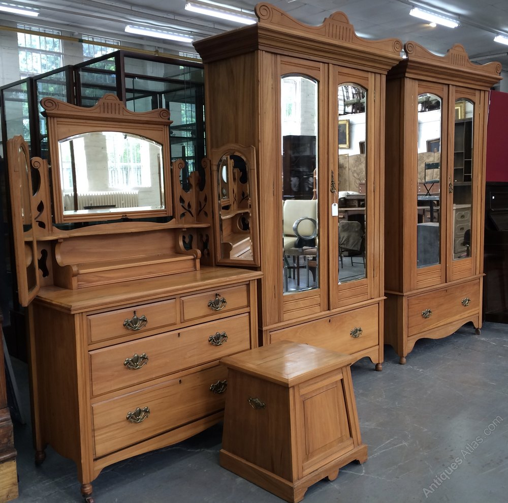 Satin Walnut Edwardian Bedroom Suite Antiques Atlas