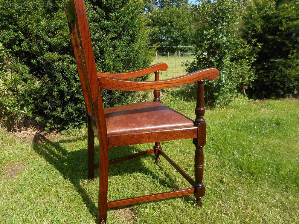 Oak Arm Chair - Antiques Atlas