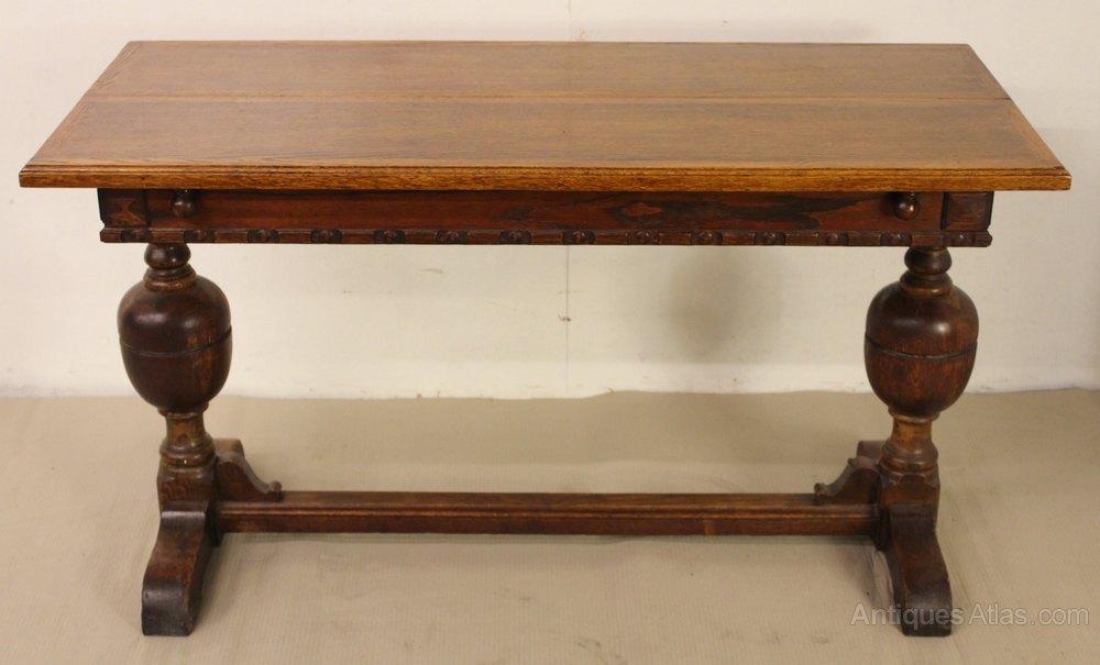 Extendable Oak Dining Table ...