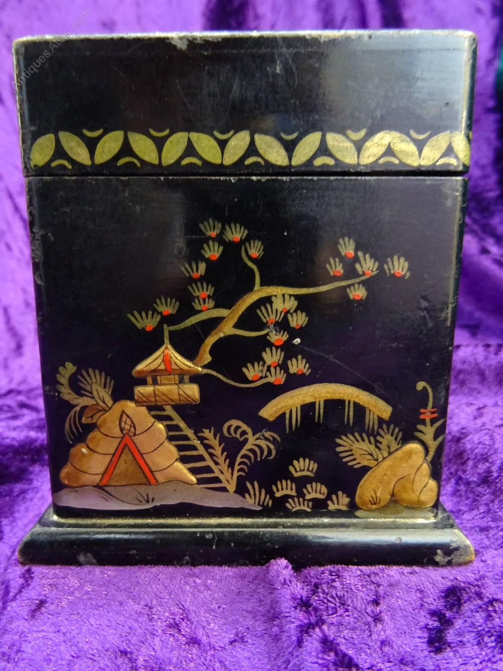 Antiques atlas art deco chinoiserie playing card box - What is art deco ...