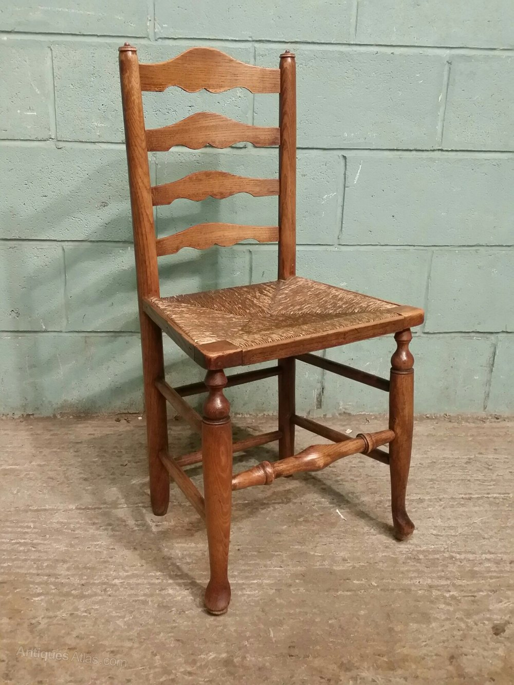 Antique Set 4 Country Elm Ladder Back Chairs C1840