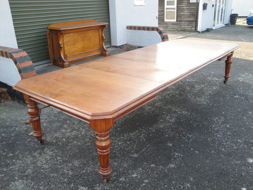 Very Large Antique Oak Extending Dining Table ...