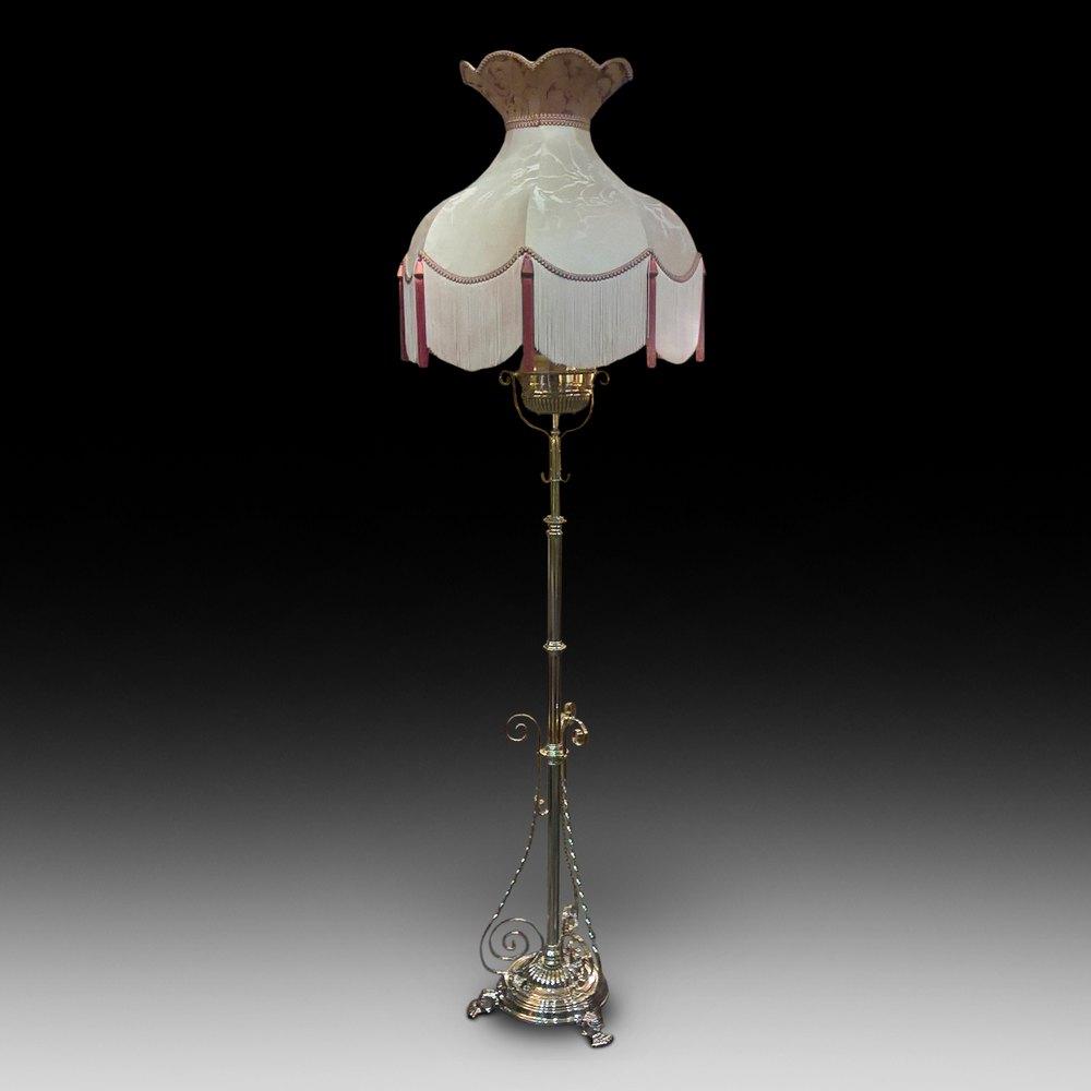 Antiques Atlas Victorian Brass Extending Oil Lamp