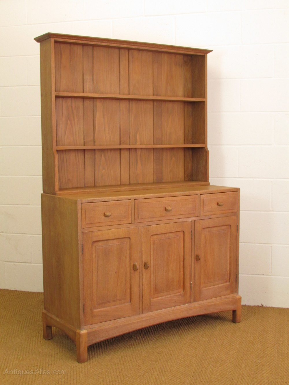 arts and crafts dresser arts amp crafts cotswold school limed oak dresser antiques 3371