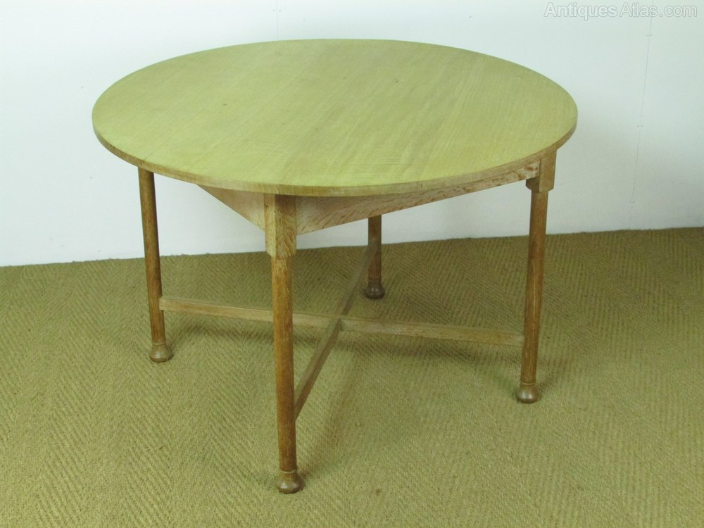 Heal 39 s limed oak circular dining breakfast table antiques atlas - Limed oak dining tables ...