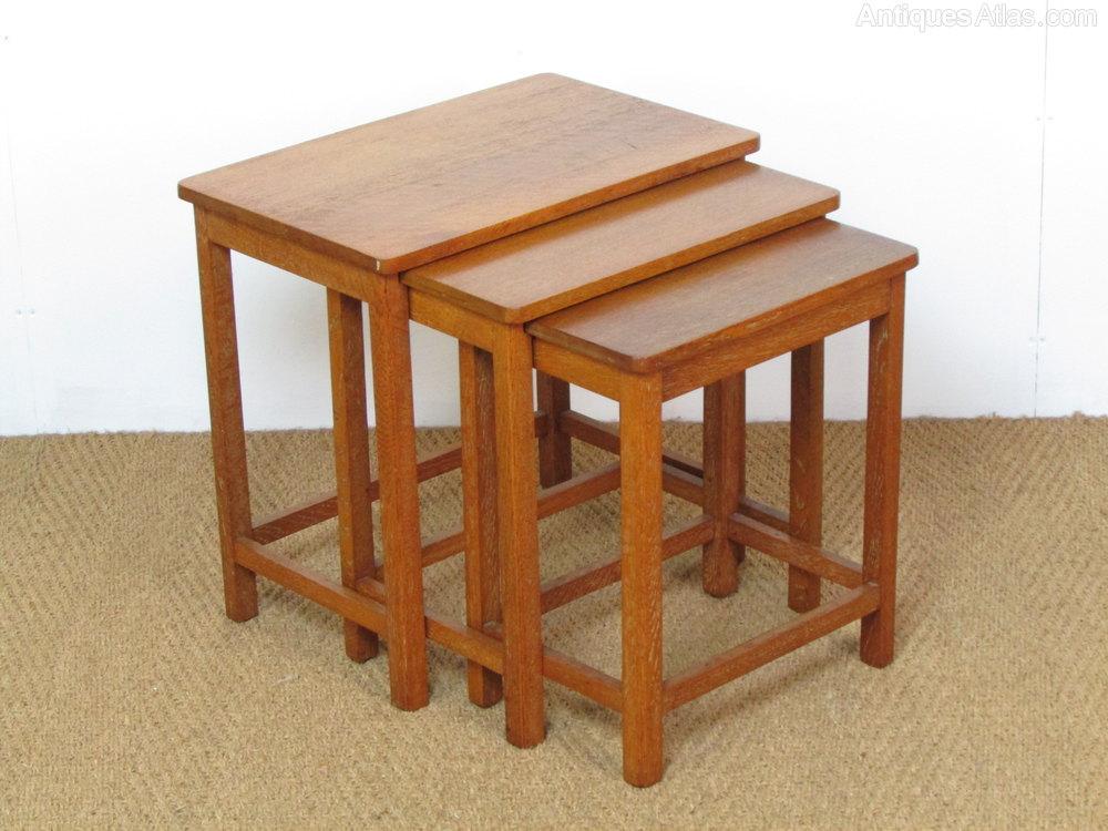 Heals Limed Oak Nest Of Three Side Tables - Antiques Atlas