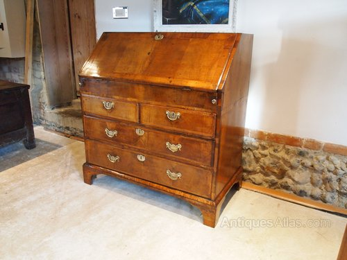 Bureau Desk Walnut George II 36 Inches Wide C1740