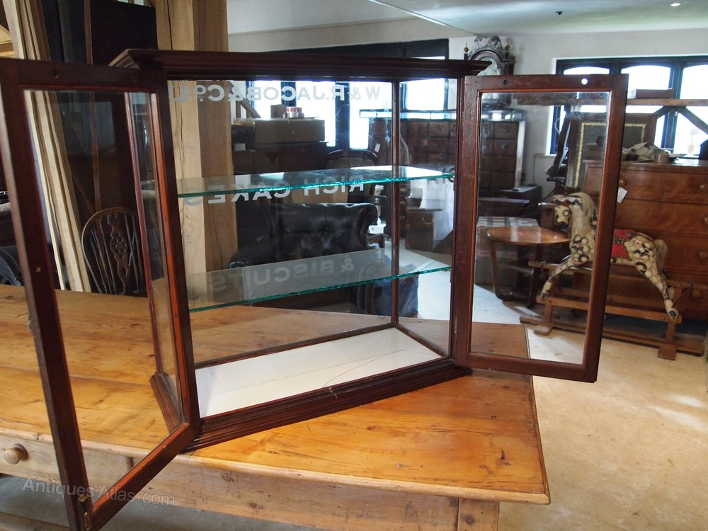cabinet shop display haberdashery rare w r jacob antiques atlas. Black Bedroom Furniture Sets. Home Design Ideas