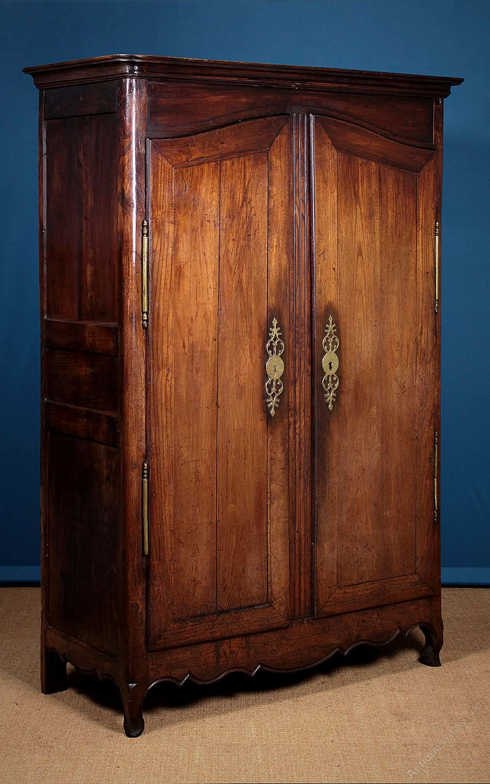 19th c french oak armoire or wardrobe antiques atlas. Black Bedroom Furniture Sets. Home Design Ideas