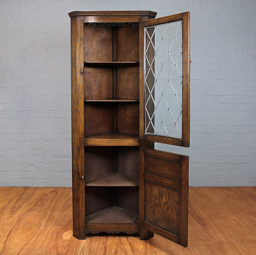 Antique Style Oak Corner Display Cabinet Vintage Corner Cabinets ... - Antiques Atlas - Antique Style Oak Corner Display Cabinet