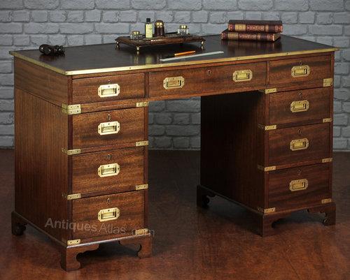 - Antiques Atlas - Campaign Style Pedestal Desk.
