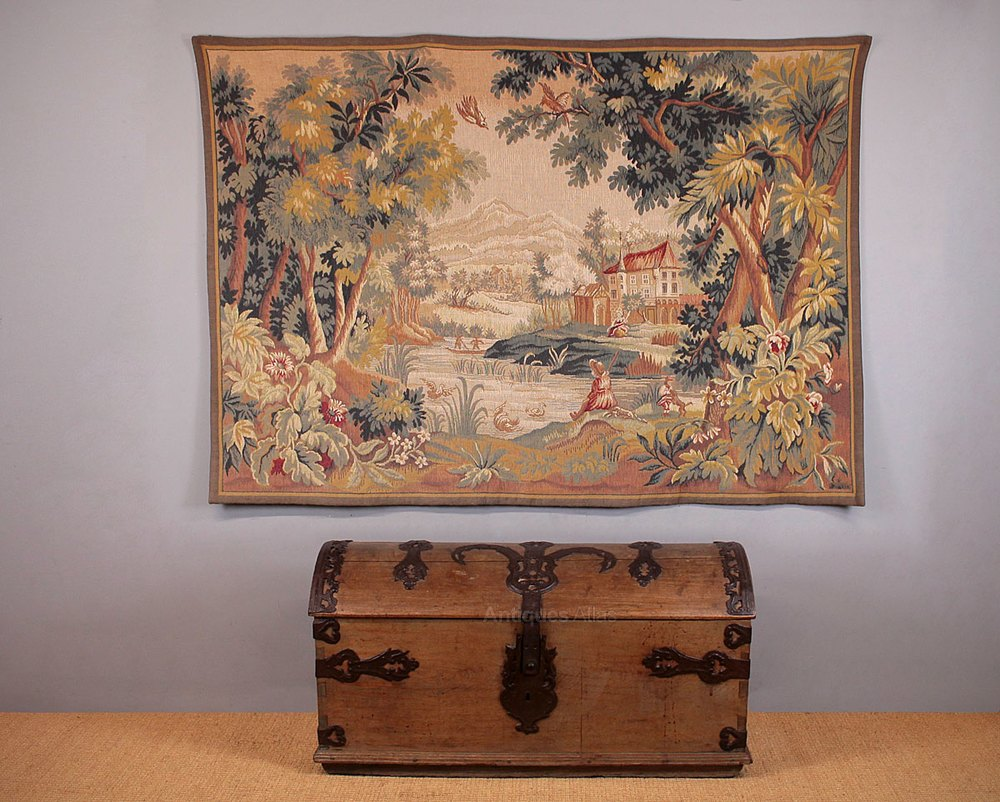 Excellent Quality Late 20th.c.woven Wool Tapestry Wall Hanging Antiques