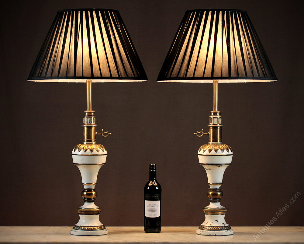 Pair Vintage Table Lamps C.1950.