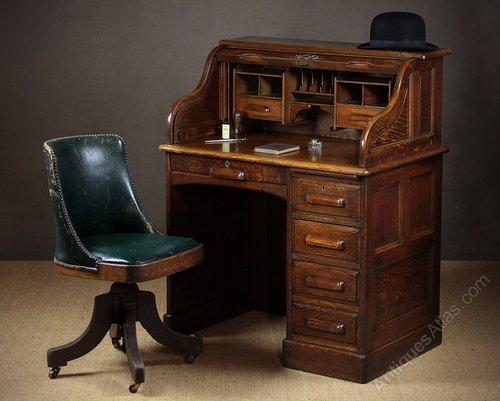 - Small Early 20th.c. Oak Roll Top Desk C.1920. - Antiques Atlas