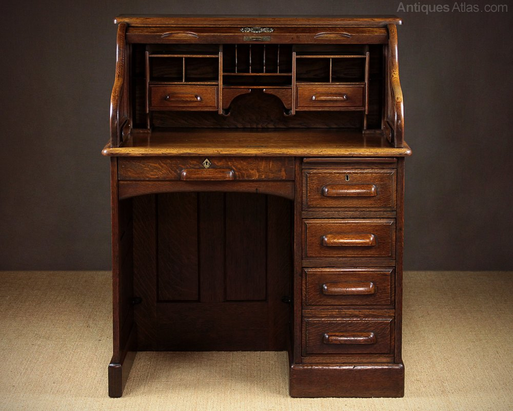 Antique Roll Top Desks ... - Small Early 20th.c. Oak Roll Top Desk C.1920. - Antiques Atlas