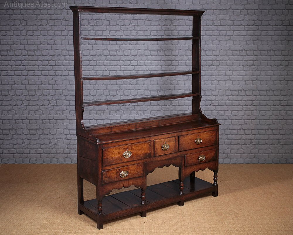 Single welsh dresser